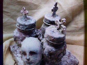 ボトルのミニ遺蹟の画像