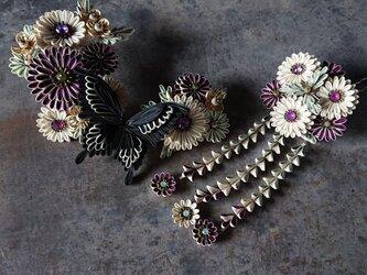 つまみ細工 髪飾り (  大正浪漫的 喋よ花よ  黒いアゲハ蝶(紫) )の画像