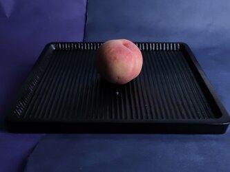我谷盆写し燻拭き漆仕上げ(#2)。桃は、販売いたしません。の画像