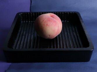 我谷盆写し燻拭き漆仕上げ(#3)。桃は、販売いたしません。の画像