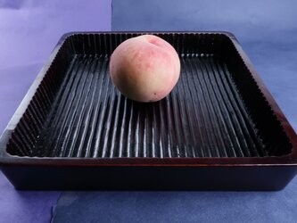 我谷盆写し燻拭き漆赤仕上げ(#8)。桃は、販売いたしません。の画像