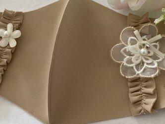 冷感マスクベージュフリルリボンフラワーパール洗える UVカット 接触冷感 花粉症  ウィルス 対策 涼しいマスク 夏用マスクの画像
