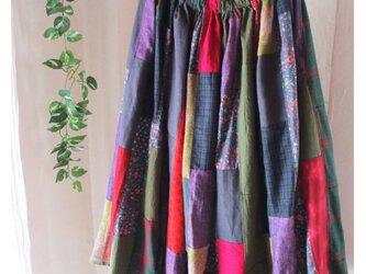 ☆ハロウィンSALE リネン 絵画なパッチワーク 秋の風 ♥ ボリュームギャザーロングスカート ウエストゴムの画像
