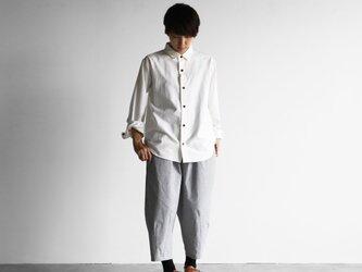 スヴィンオックスフォードシャツ(アイボリー&茶ボタン)【ユニセックス】013の画像