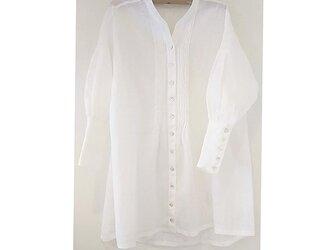 着映え❁フレンチリネンの華やかギャザースリーブシャツ~大きめカフスデザインでスタイルにメリハリ    の画像