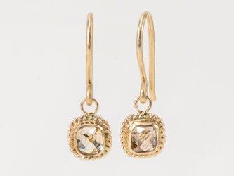 Lumiere Diamond Square Earringsの画像