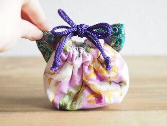 猫型の台湾花柄x絹織物mini巾着ポーチ(一点作品)の画像