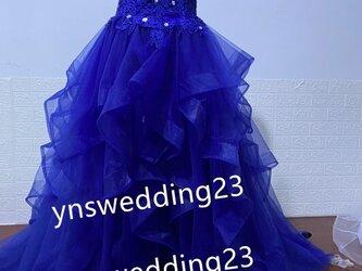 カラードレス 青/ブルー ソフトチュール ベアトップ ビジュー プリンセスライン 二次会 花嫁の画像