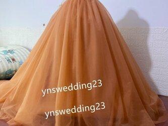 カラードレス テラコッタ色系 柔らかく重ねたチュールスカート 挙式用 ラッフルフリルの画像