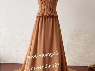 Vネックドレス カラードレス テラコッタ色 背中見せ トレーン 前撮り 結婚式/披露宴の画像