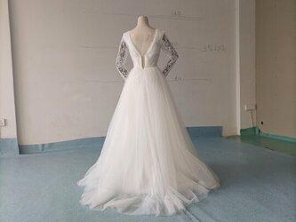Vネックドレス ウェディングドレス レース ソフトチュール 2次会の画像