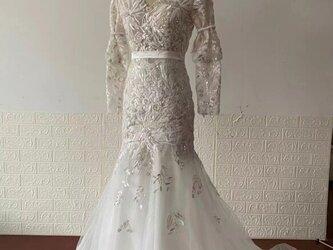 高品質! ウエディングドレス 高級3D立体レース刺繍 深Vネック 二次会 ハンドビーディング マーメイドラインの画像