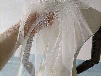 ヘアアクセサリー 髪飾り 結婚式ヘッドドレス ウエディングドレスの画像
