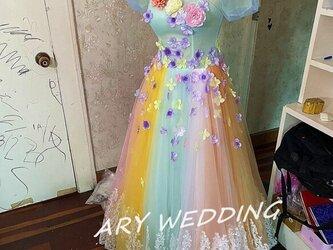 高品質! カラードレス 虹色 プリンセスライ 可愛い パフスリーブ 挙式/2次会 謝恩会 憧れのドレスの画像