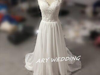 フランス風 ウエディングドレス Vネックドレス 憧れのドレス 挙式ドレス 前撮り用 2次会 発表会の画像