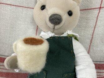 カフェのクマさんの画像