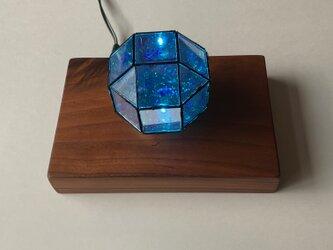 多面体ミラー万華鏡 小菱形立方八面体 内蔵LEDが非接触で光りますの画像