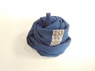 肌ストール リバティ 青×キナリ Sleeping Rose  約140cmの画像