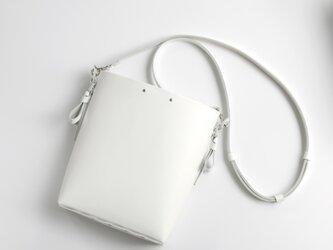 折りバケットショルダー #白 /ori bucket shoulder #whiteの画像