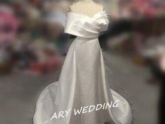 高品質!ウエディングドレス ホワイト オフショル 華やかなトレーン 憧れのドレス 結婚式/披露宴/挙式の画像