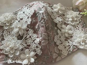 不織布が見えるマスクカバーピンクグレージュ桜刺繍ケミカルフラワー抗菌クレンゼ2waの画像