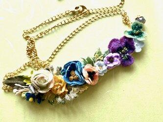 布花 Collier petite fleurの画像