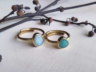 blue stones ringの画像