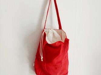 肩掛けトートbag + 巾着      赤 白の画像