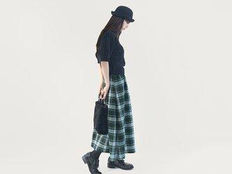 ベーシックを品よく ポリレーヨン タータンチェック 紺 緑 白 ロングスカート ●BONNIE-FULL●の画像