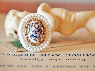 ミルフォリ風ガラスのリングの画像