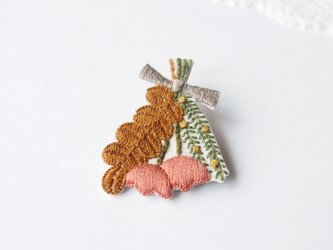 [新作・在庫あり]スワッグの刺繍ブローチ(brown)の画像