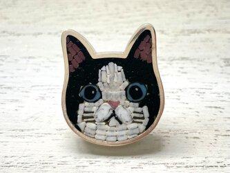 猫(ハチワレ)|帯留め|銀製の画像