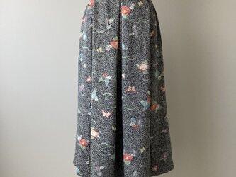 着物リメイクスカート 霜降り椿の画像