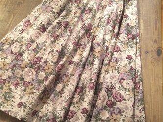フルフレアロングスカート(エンジ)の画像