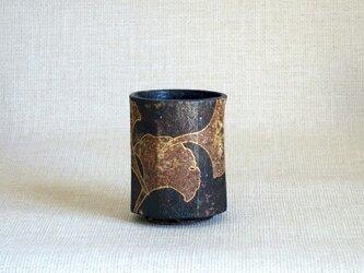 湯呑(八角 金彩いちょうb)の画像