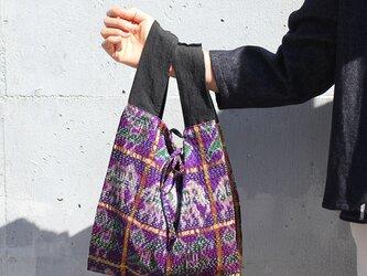 パトラ織り刺し子カンタシルクバッグ【象×ブラック】の画像