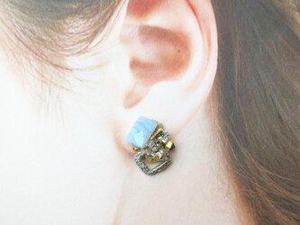 糸の宝石 ブルーレース (ピアス)※イヤリング付け替え可の画像