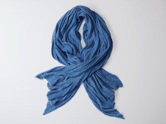 エシカルヘンプニット編みロングストール 正藍染め藍色の画像