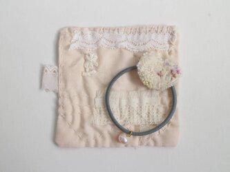 order ○ 記憶のほつれ 森の花びらのヘアゴムの画像