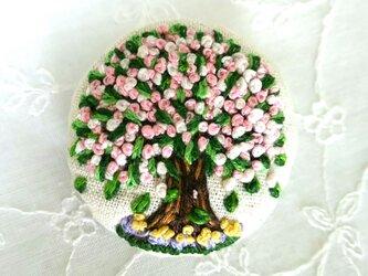 刺繍ブローチ オールシーズン桜の日‼の画像