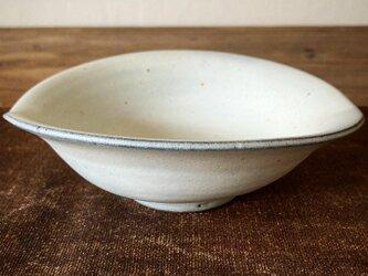 楕円鉢 白の画像
