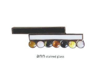 ステンドグラス ブローチB12152-Rの画像