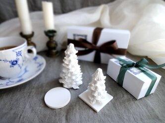 【単品販売】アロマストーン ■ 小さなクリスマスツリー 立体 フィインランドの森の画像