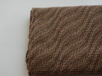 手織りカシミアマフラー・・茶色の葉っぱの画像