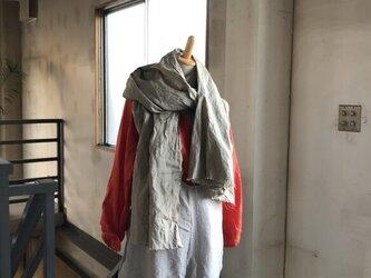 [ 秋支度SALE]先染めリトアニアリネン ストール グレイッシュカーキ 大判W85の画像