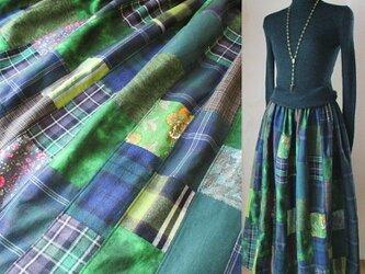 ☆ハロウィンSALE 86㎝丈♥絵画なパッチワークスカート dark green ウエストゴム たっぷりギャザー 送料無料の画像