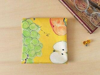 果実のハンカチの画像