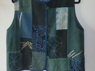 古布リメイク 藍染リバーシブルベスト 筒描き 型染 襤褸 刺し子 古布 着物リメイクの画像