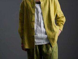 wafu Premium Linen 起毛 ノーカラーシャツジャケット / シャルトリューズグリーン t036c-sgn3の画像