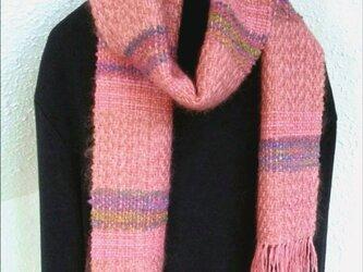 サーモンピンクモヘアの手織りウールマフラーの画像